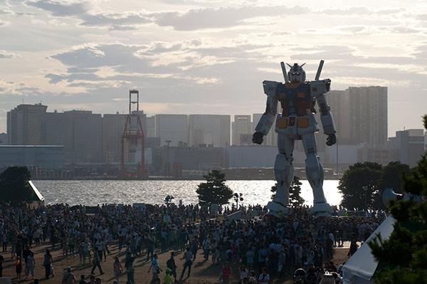 GundamStatue