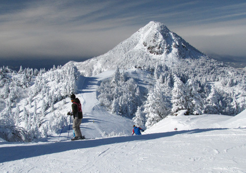 Five of Japan's best locations to ski and snowboard4